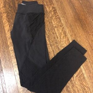Beyond Yoga quilted leggings